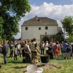 Музейне свято біля княжого замку.